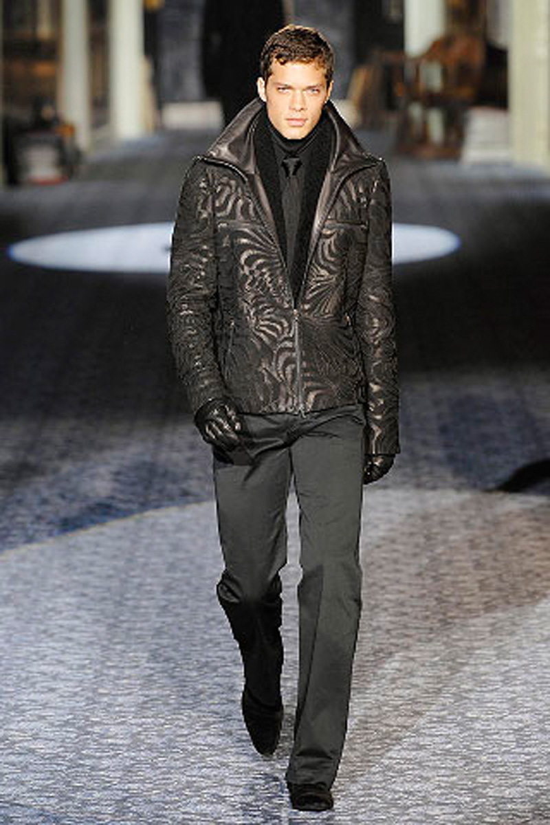 В зимней одежде мужчины должны чувствовать себя комфортно и свободно, ничто не должно стеснять их движений